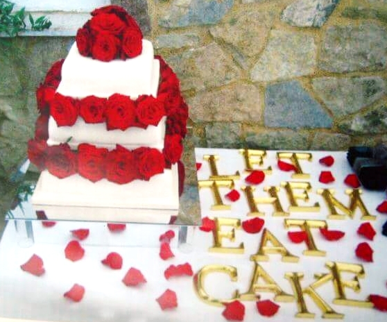 3 tier red rose wedding cake